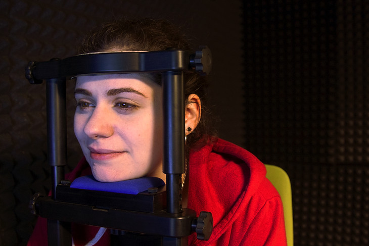 Researcher Looks To Eye Tracking Device >> Researcher Uses Eye Tracking To Study Linguistics