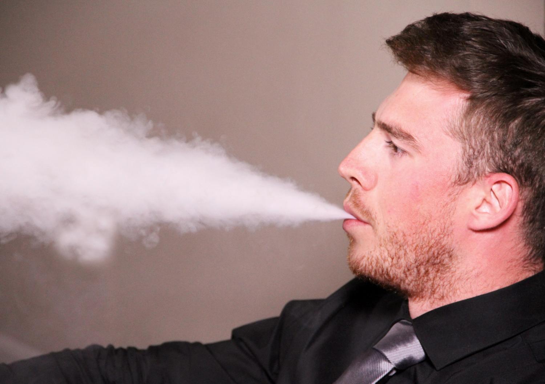 نتيجة بحث الصور عن Man + electronic cigarette