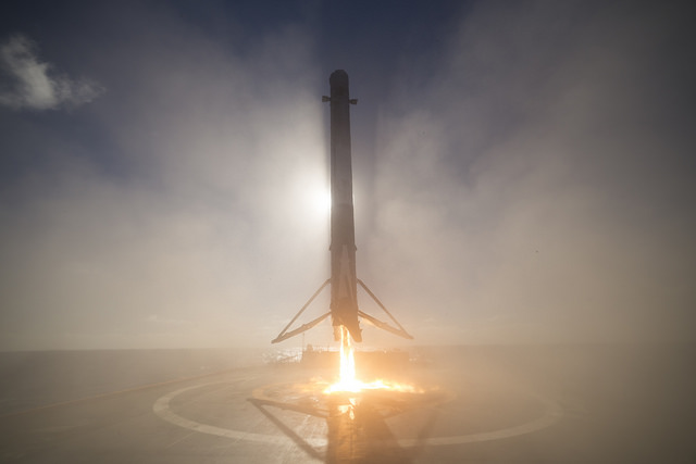 amazing spacex images highlight perfect falcon 9 landing
