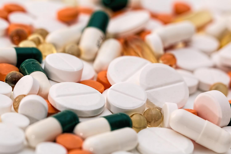Antibiotics for children - the harm and benefits 61