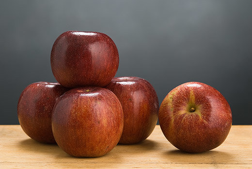 photo image Disease-resistant apples perform better than old favorites