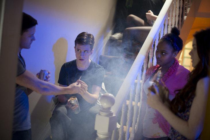 High school smoking teen - 5 4