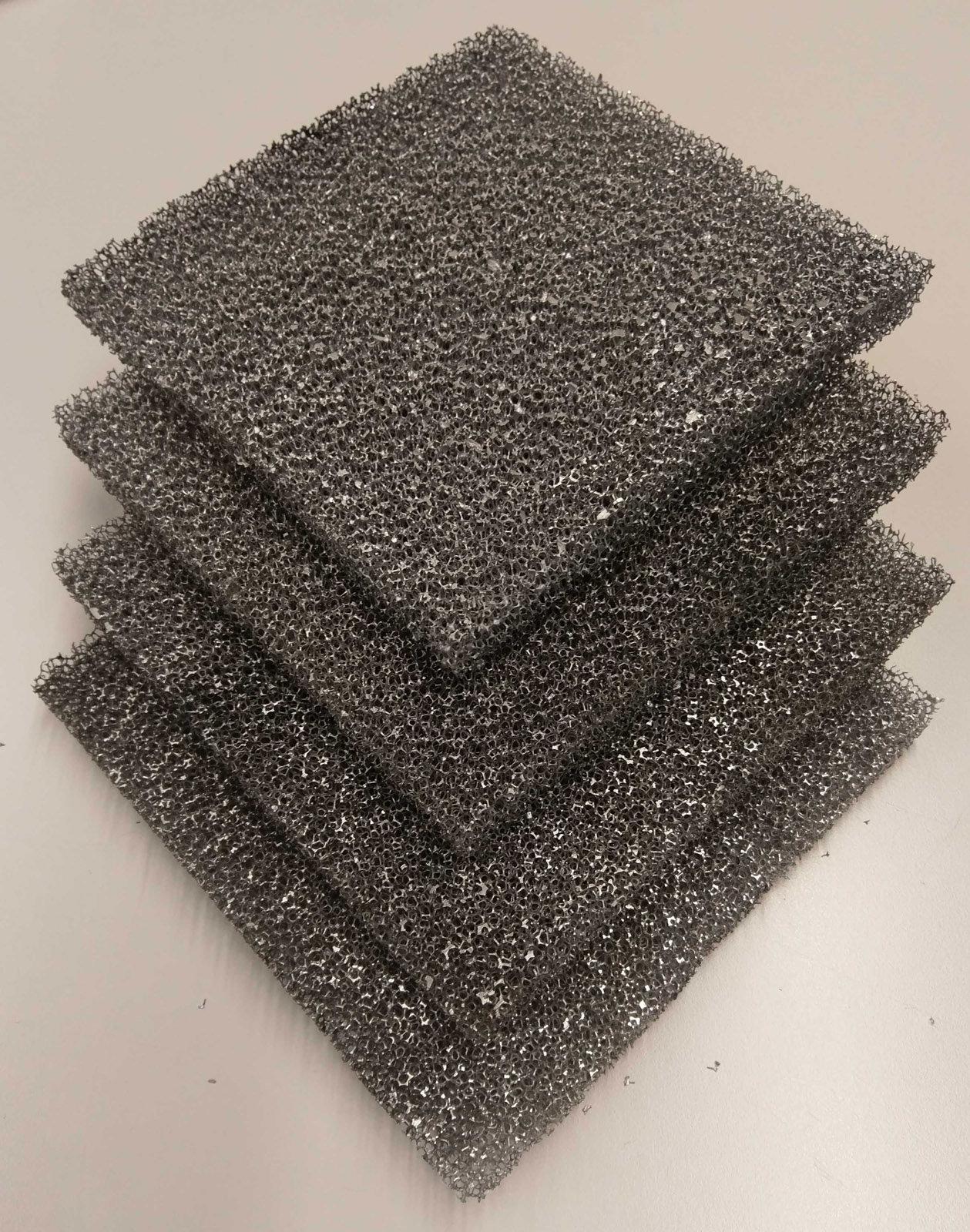 Metal sponge plates. & New wood-metal hybrid for lightweight construction