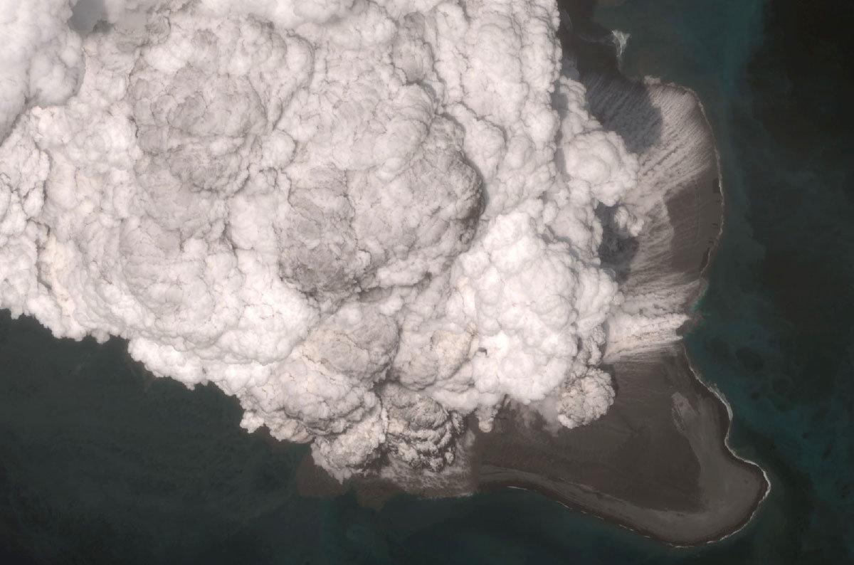 An explosion thundered on Voikovskaya