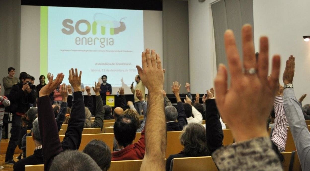 Renewable energy cooperatives, an opportunity for energy transition