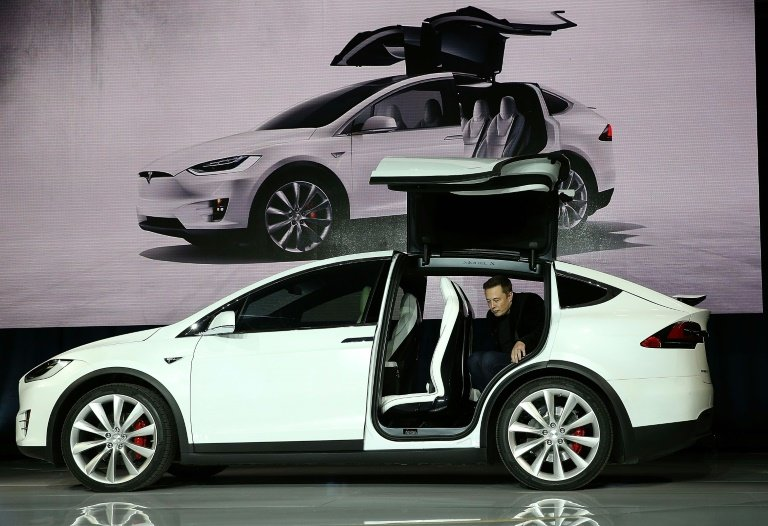Road gets tougher for electric car innovator tesla an investigation is underway into a fatal crash involving a tesla model x the latest incident casting doubt on autonomous driving malvernweather Image collections