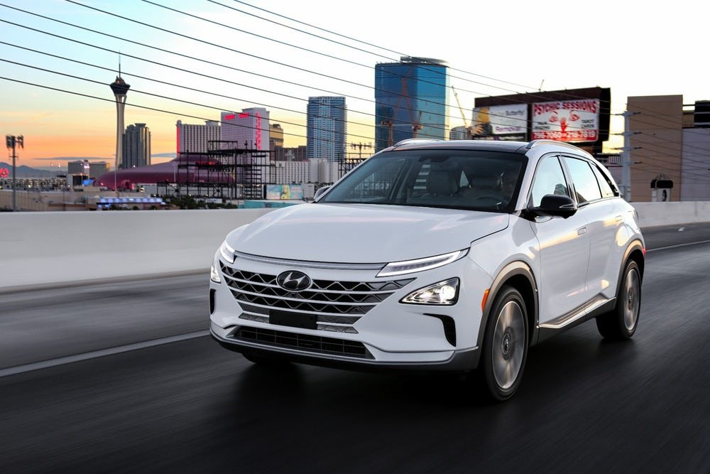Bucking Trend Hyundai Bets On Hydrogen Fuel Cell For New Car - New car