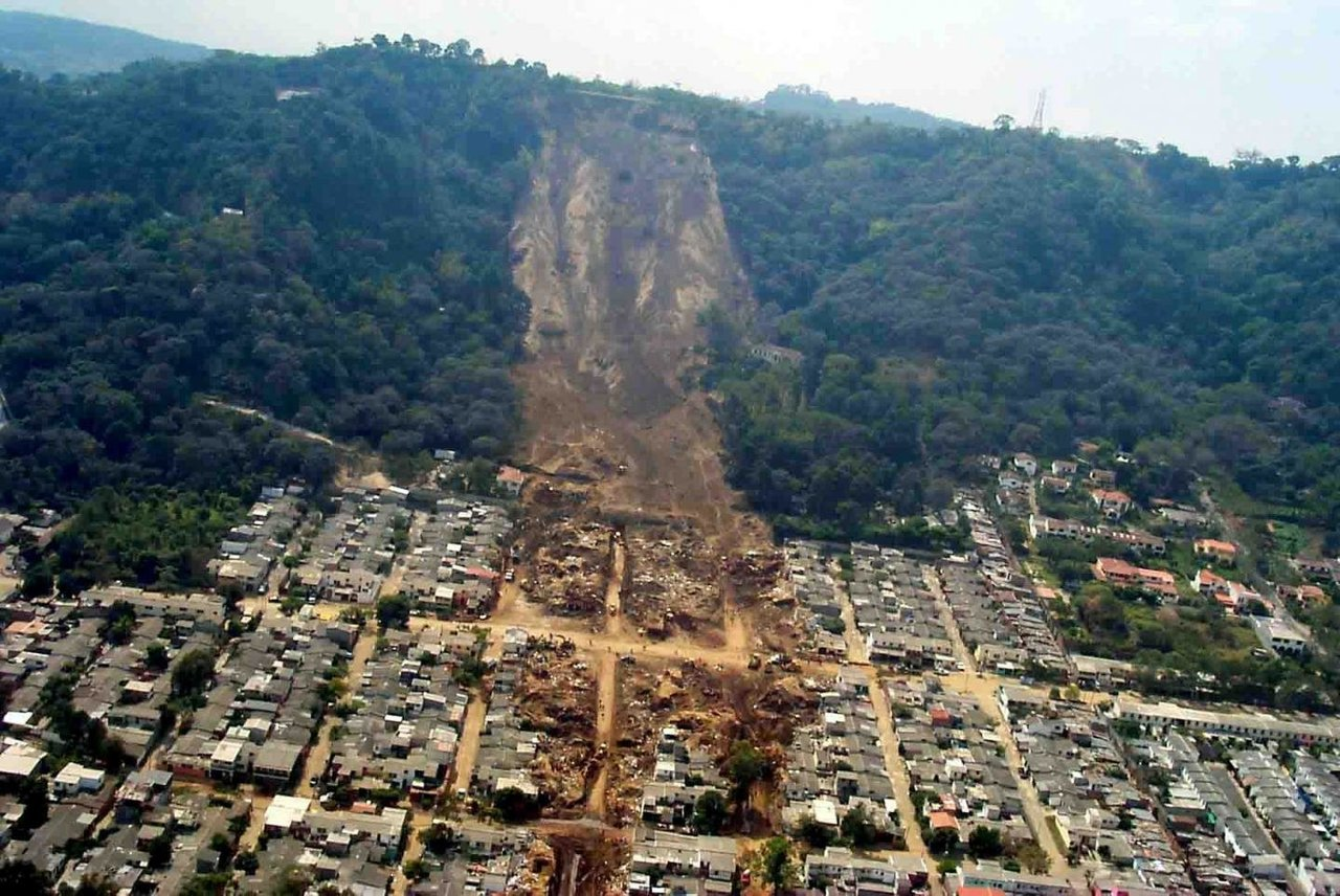 Researchers develop model for predicting landslides caused by earthquakes