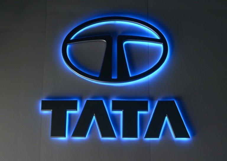 Indias Tata Motors Posts Surprise Loss