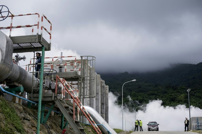 Philippines revs up flagging green energy engine