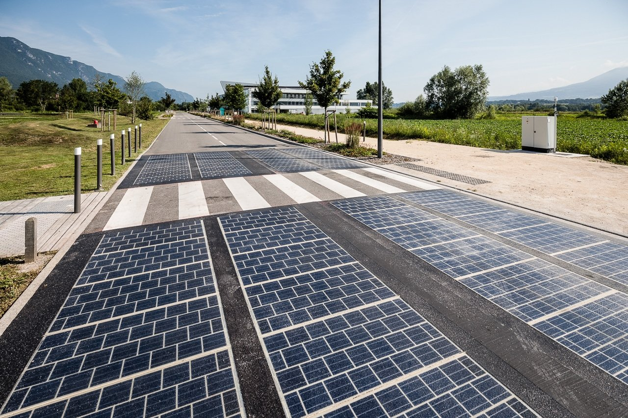 Solarpanil: Solar Panels Replaced Tarmac On A Motorway—here Are The