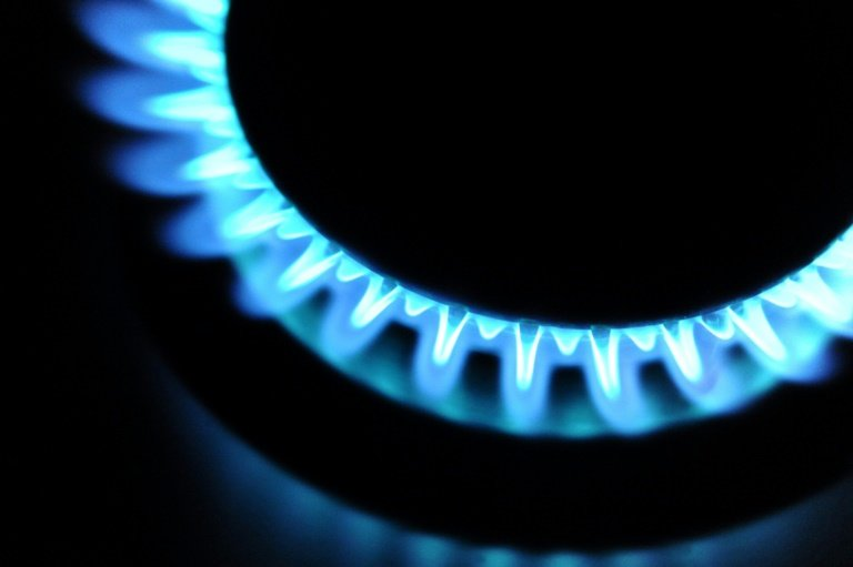 UK unveils energy price cap to help 11 mn households