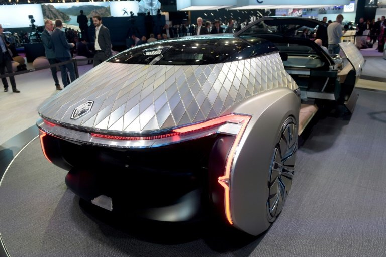 wave of worries takes shine off paris motor show. Black Bedroom Furniture Sets. Home Design Ideas