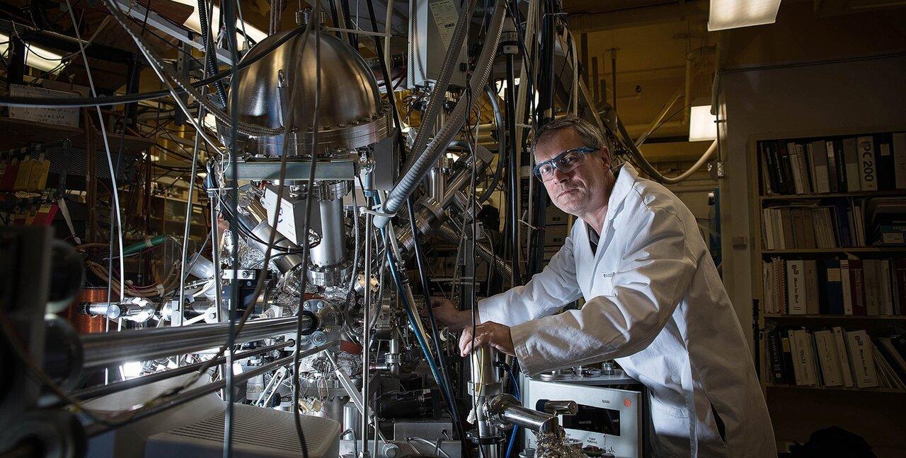 Comet inspires chemistry for making breathable oxygen on Mars