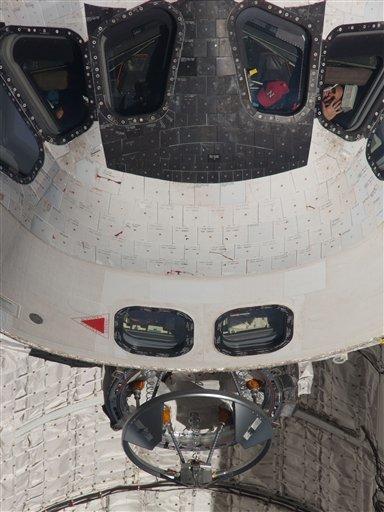 astronauts sleeping compartment - photo #45