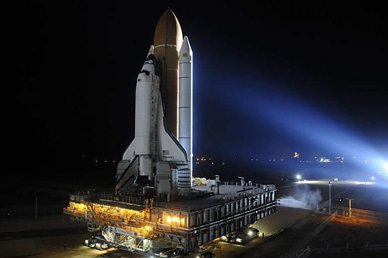 US space shuttle unharmed after tool accident
