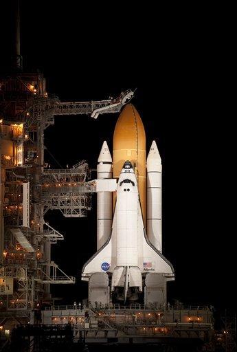 Astronauts board space shuttle Atlantis for launch