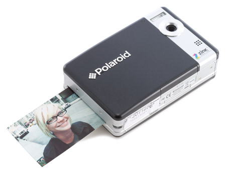 Polaroid PoGo brings instant printing to the digital age
