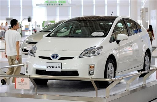 Defying Recession Japan 39 S Green Cars Surge In Popularity