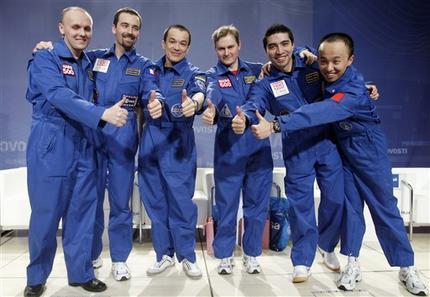 mars mission crew quarters - photo #42