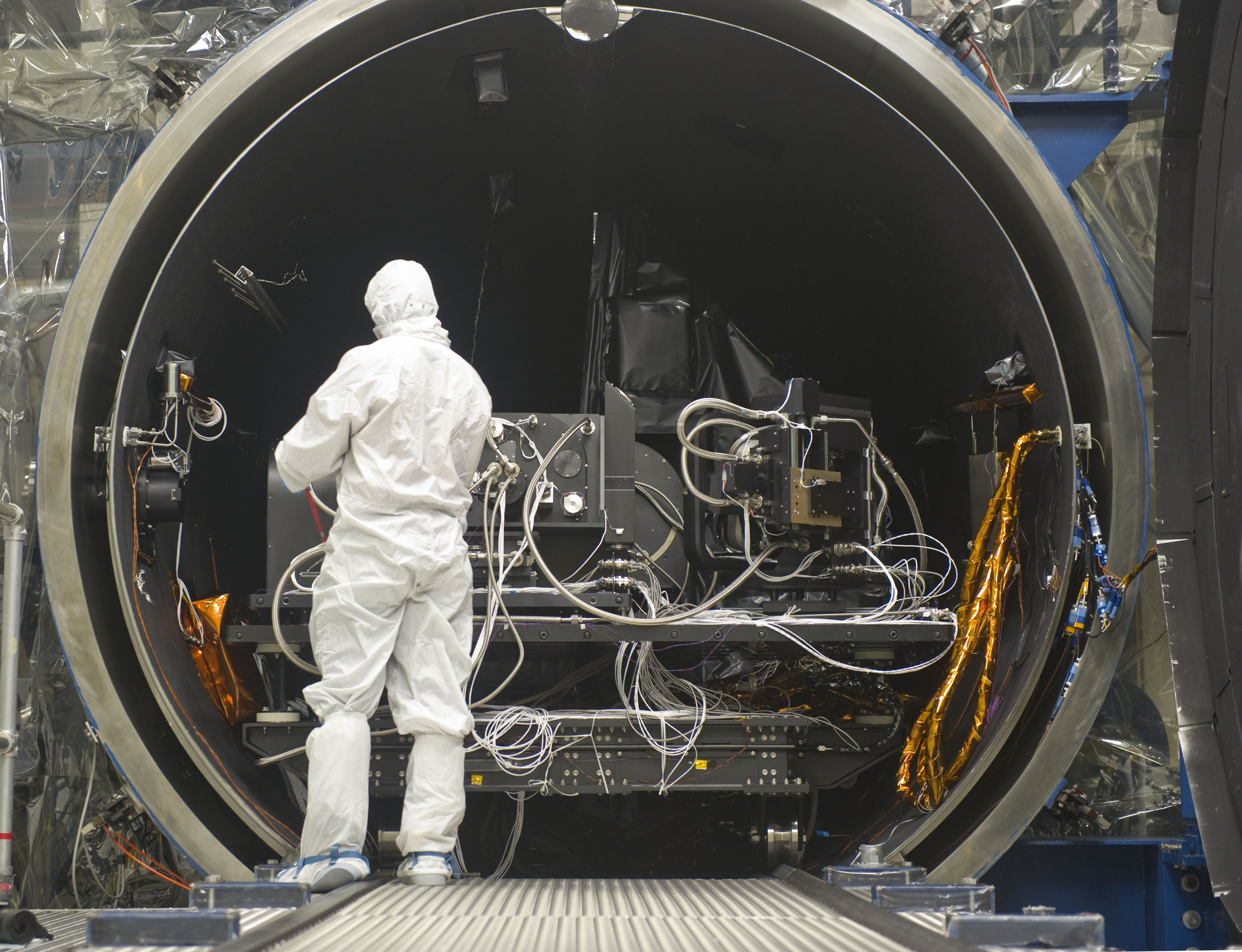 Building Test Instruments : Landsat s tirs instrument comes out of first round