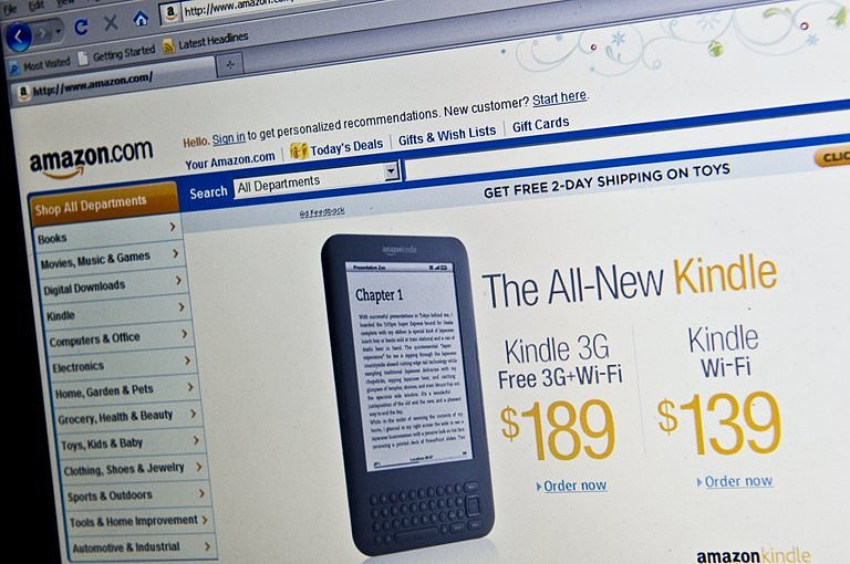 amazon kindle reader how to read downloaded books offline