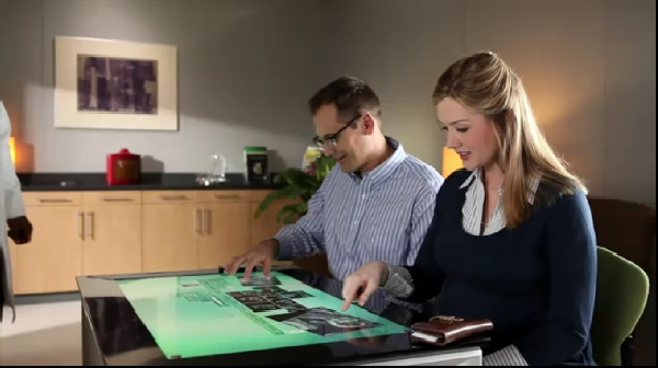 Touchscreen table computer SUR40 starts preorders