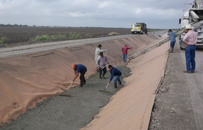 What S The Best Irrigation Canal Liner