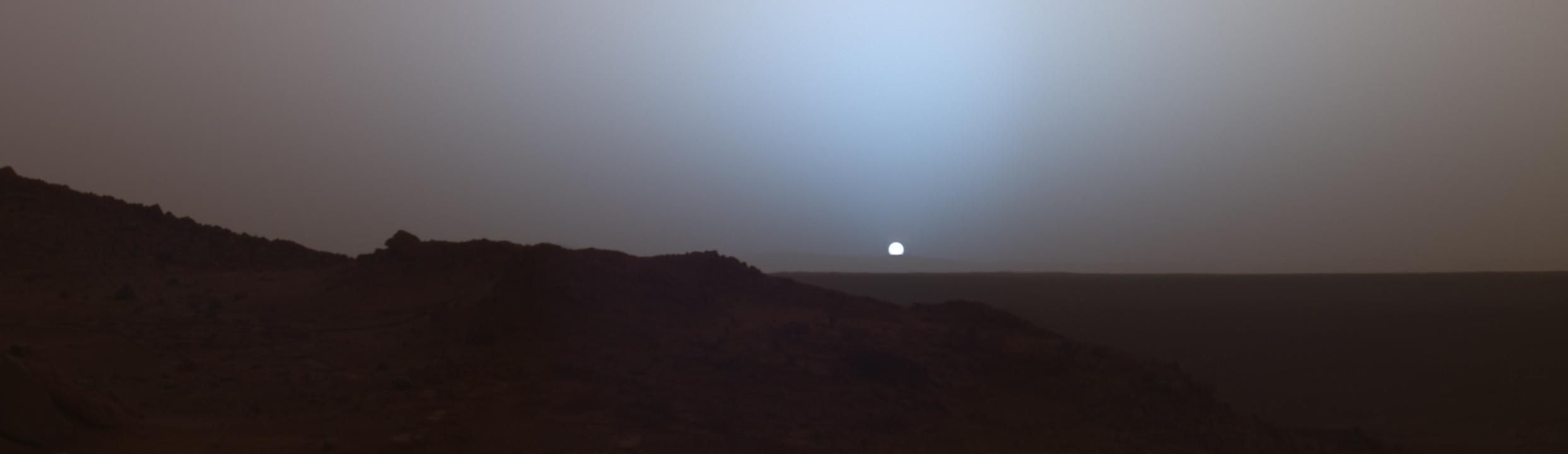 Temperature Extremes On Mars - Sunrise looks like mars