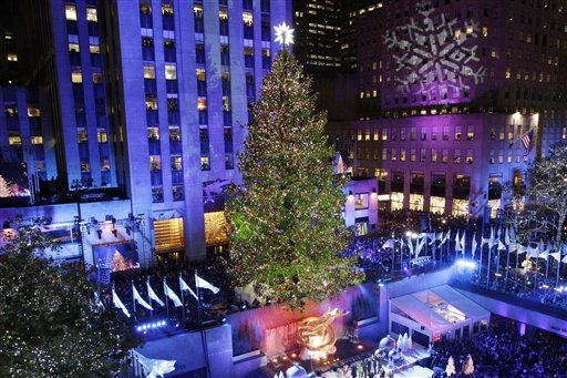 huge dna code of the christmas tree being revealed - Big Christmas Tree In New York