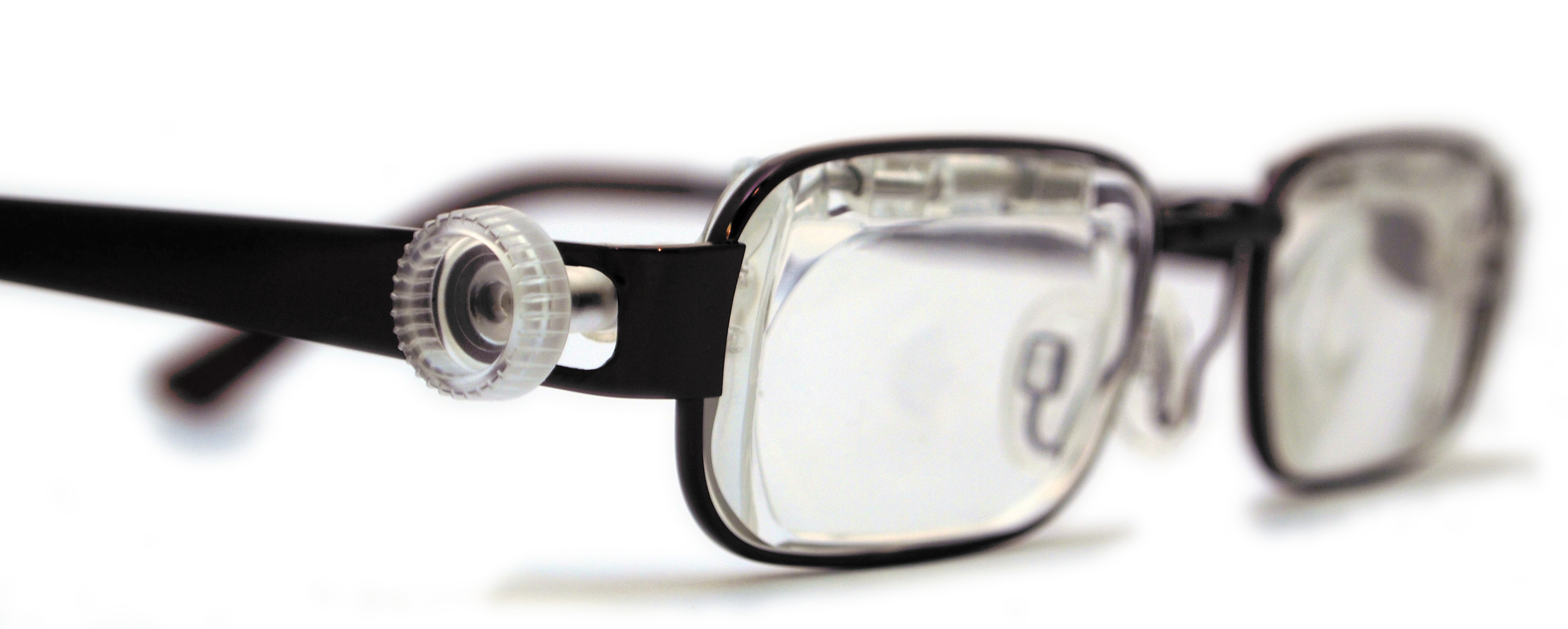 Glasses Frames Adjustment : New eyeglasses allow you to adjust prescription yourself