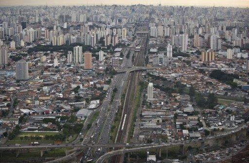 BRAZIL: Fleet may top 106m vehicles in 20 years ... |Sao Paulo Brazil Traffic