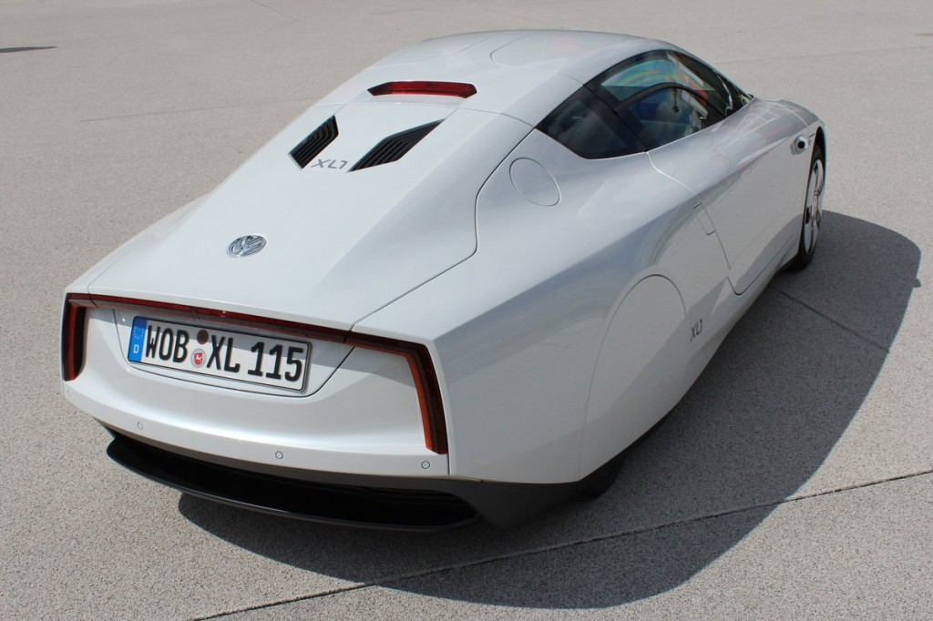 Volkswagen XL1: 'World's most efficient car' makes its US debut