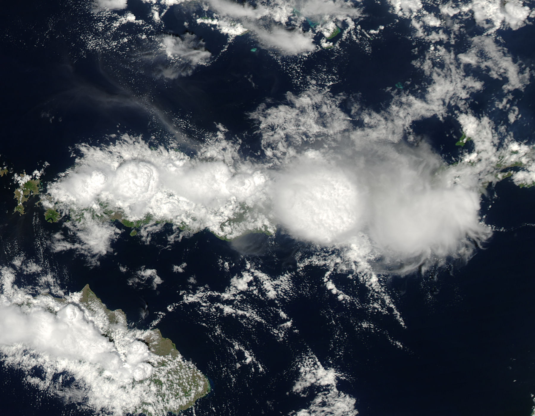 Image: Aqua satellite captures striking cloud towers