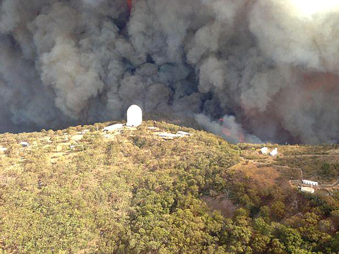 Homes Burned But Telescopes Ok Bushfire At Major Observatory