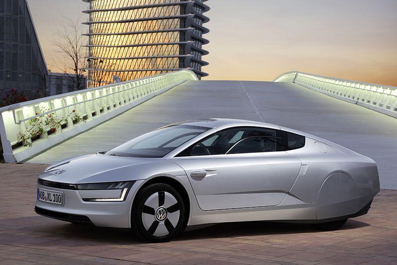 Volkswagen Xl1 World S Most Efficient Car Makes Its Us Debut