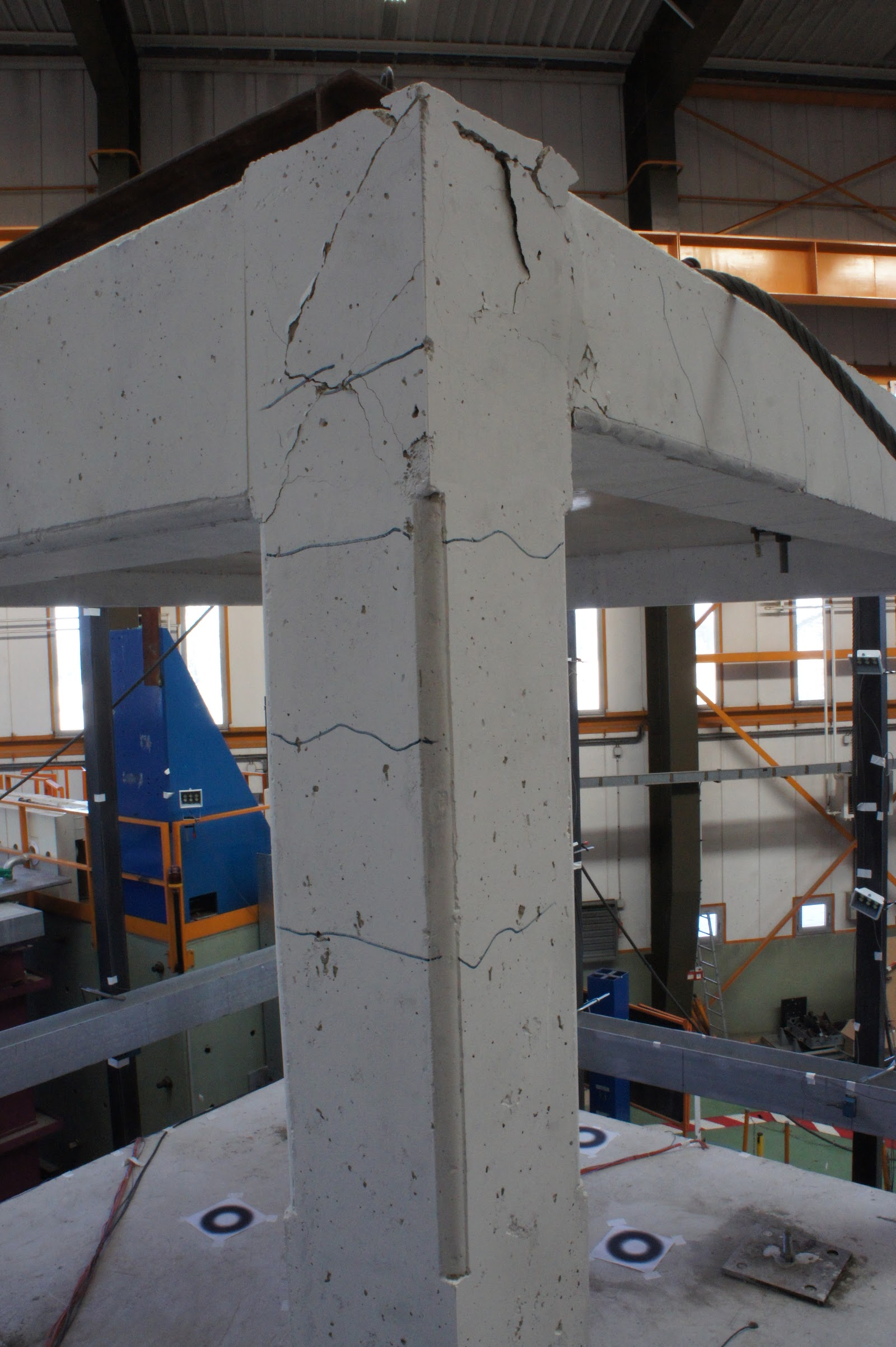 Beam And Block Floor >> Building 'belt' offers cheap, quick repair of earthquake ...