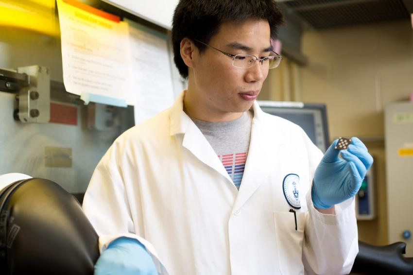 New class of nanoparticle brings cheaper, lighter solar cells outdoors