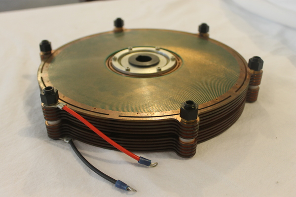 A tabletop motor using an entirely new driving principle