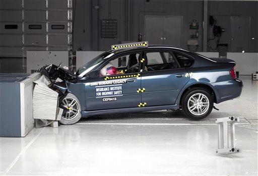 week 3 air bag recall Bmw (bmwgde) on monday said it has expanded a us regional recall for certain vehicles with driver-side air bag inflators made by takata corp 7312t to cover the entire country, following the lead of four rivals that have taken similar steps.