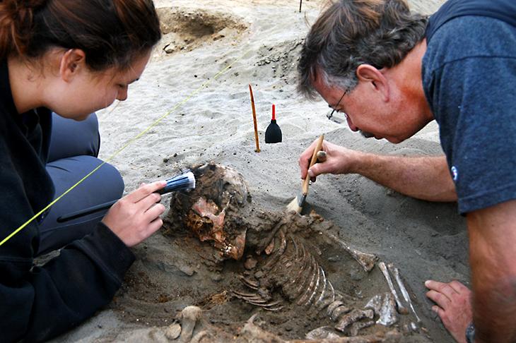 Peruvian dig reveals sacrificial mystery