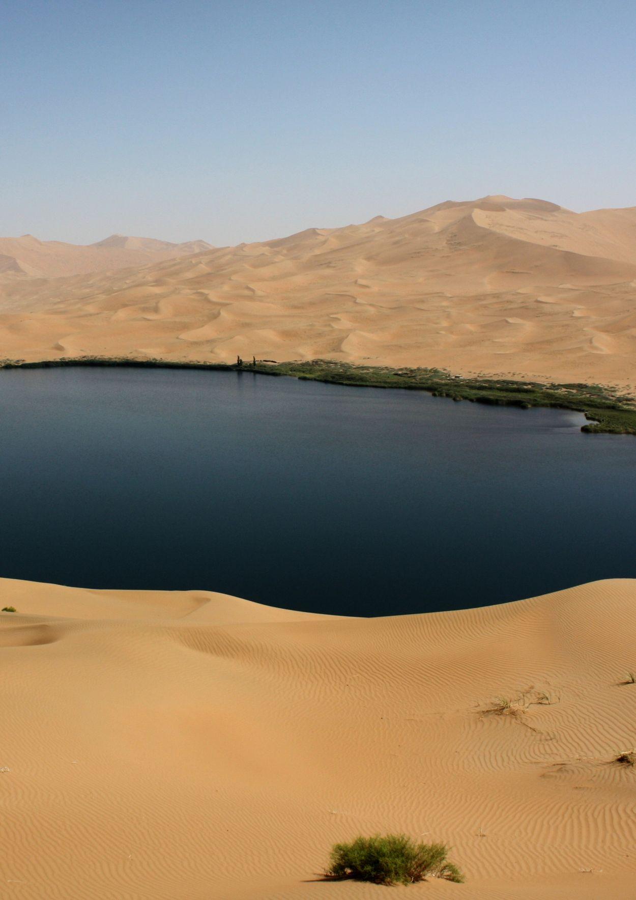 bulldoze desert to learn how sand dunes form