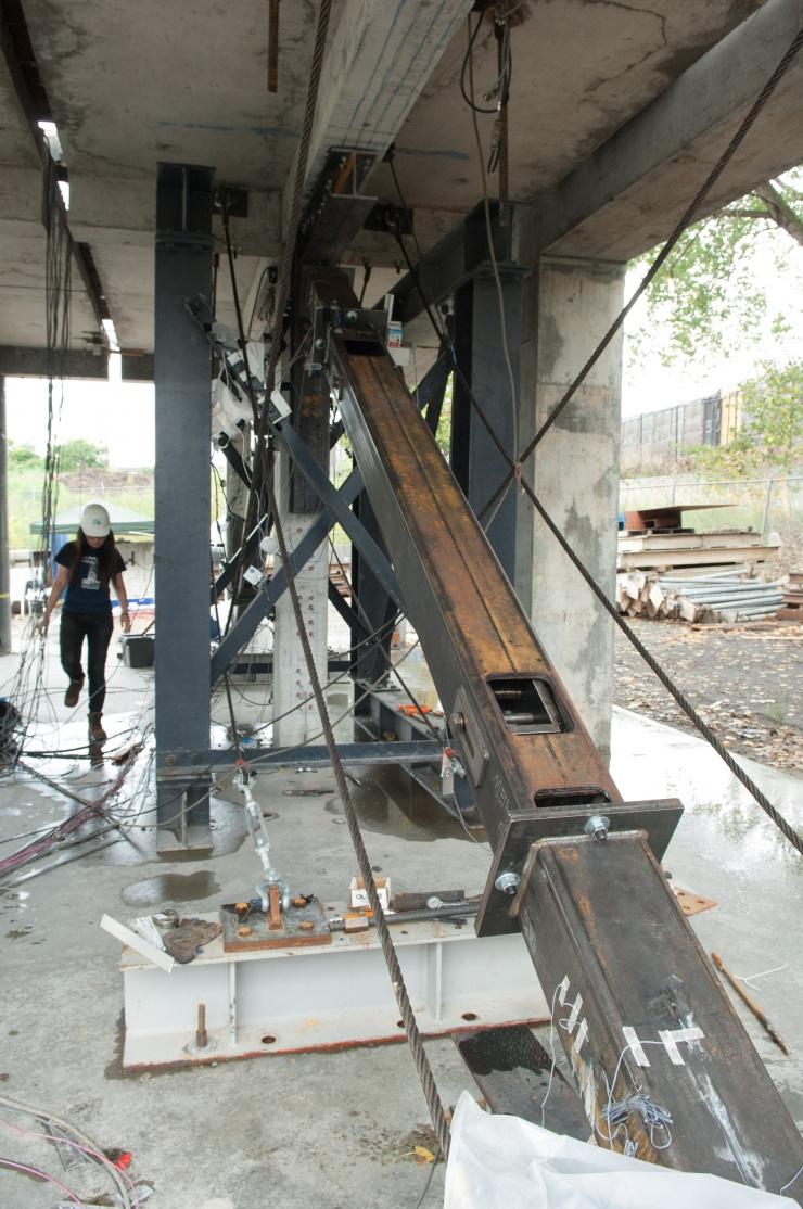 retrofitting old buildings to make them earthquake safe