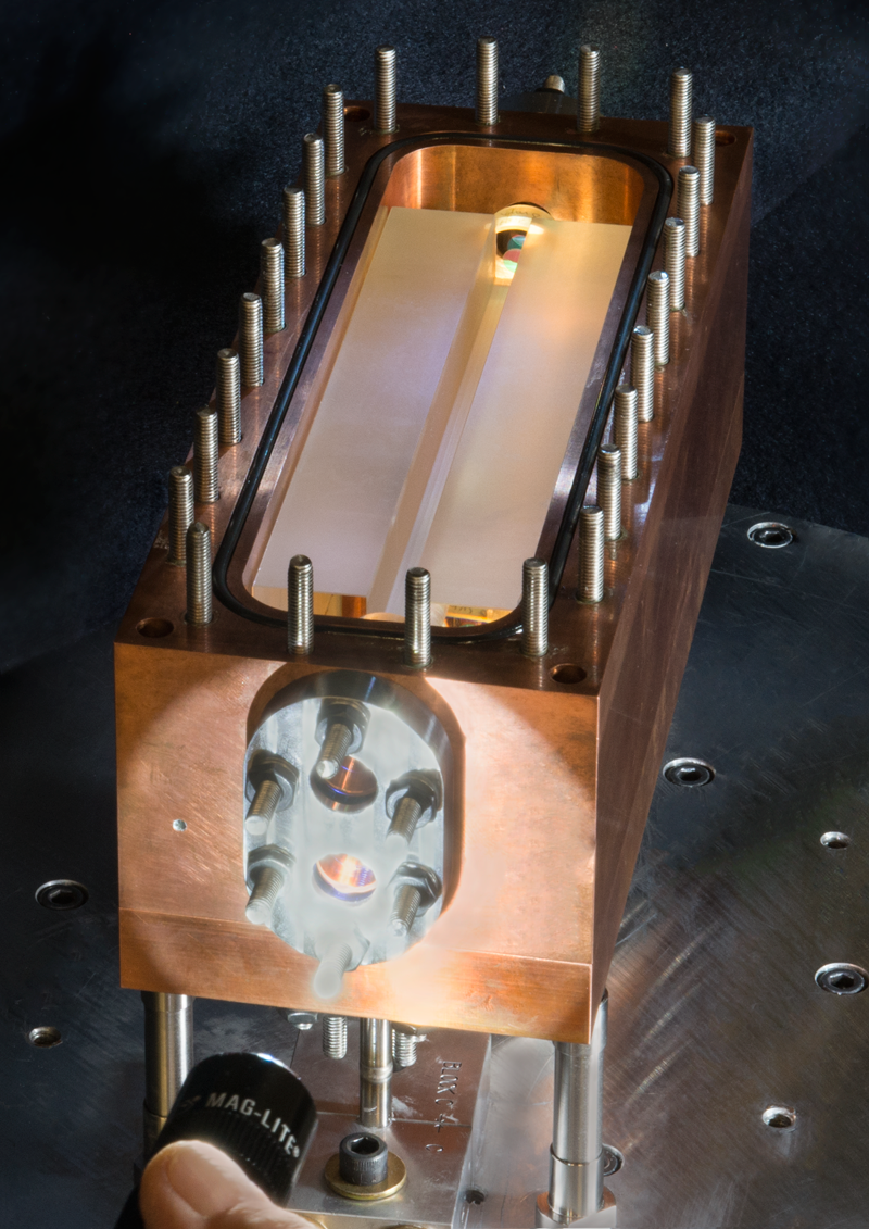 World S First Photonic Pressure Sensor Outshines