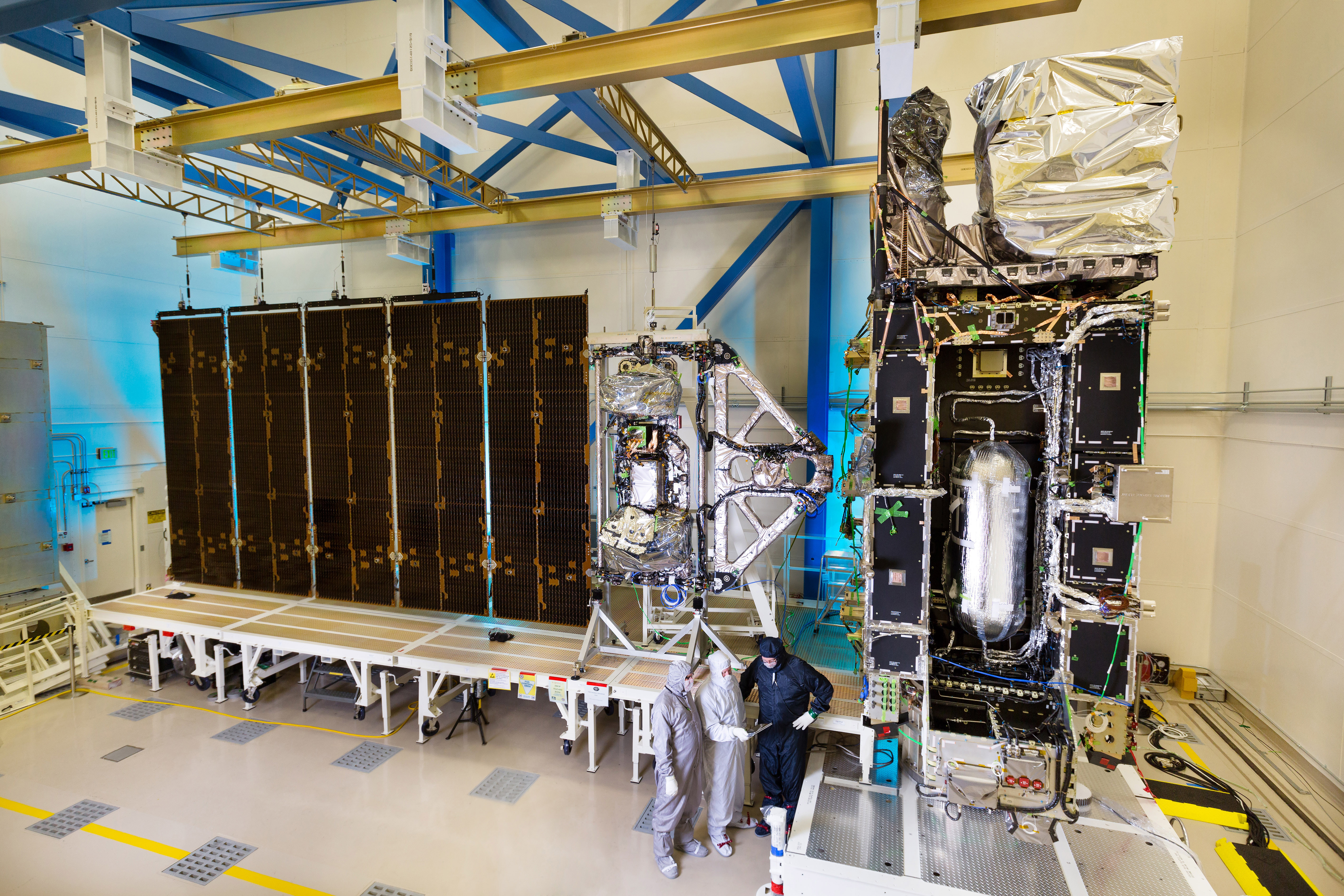 Noaa S Goes R Satellite Solar Array Spreads Its Wing