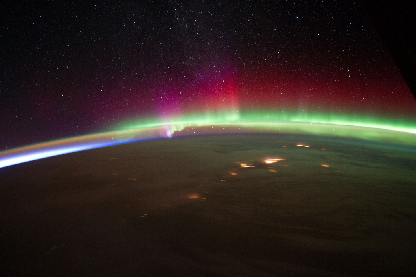 Rocket Into Northern Lights Studies The Quot Invisible Aurora