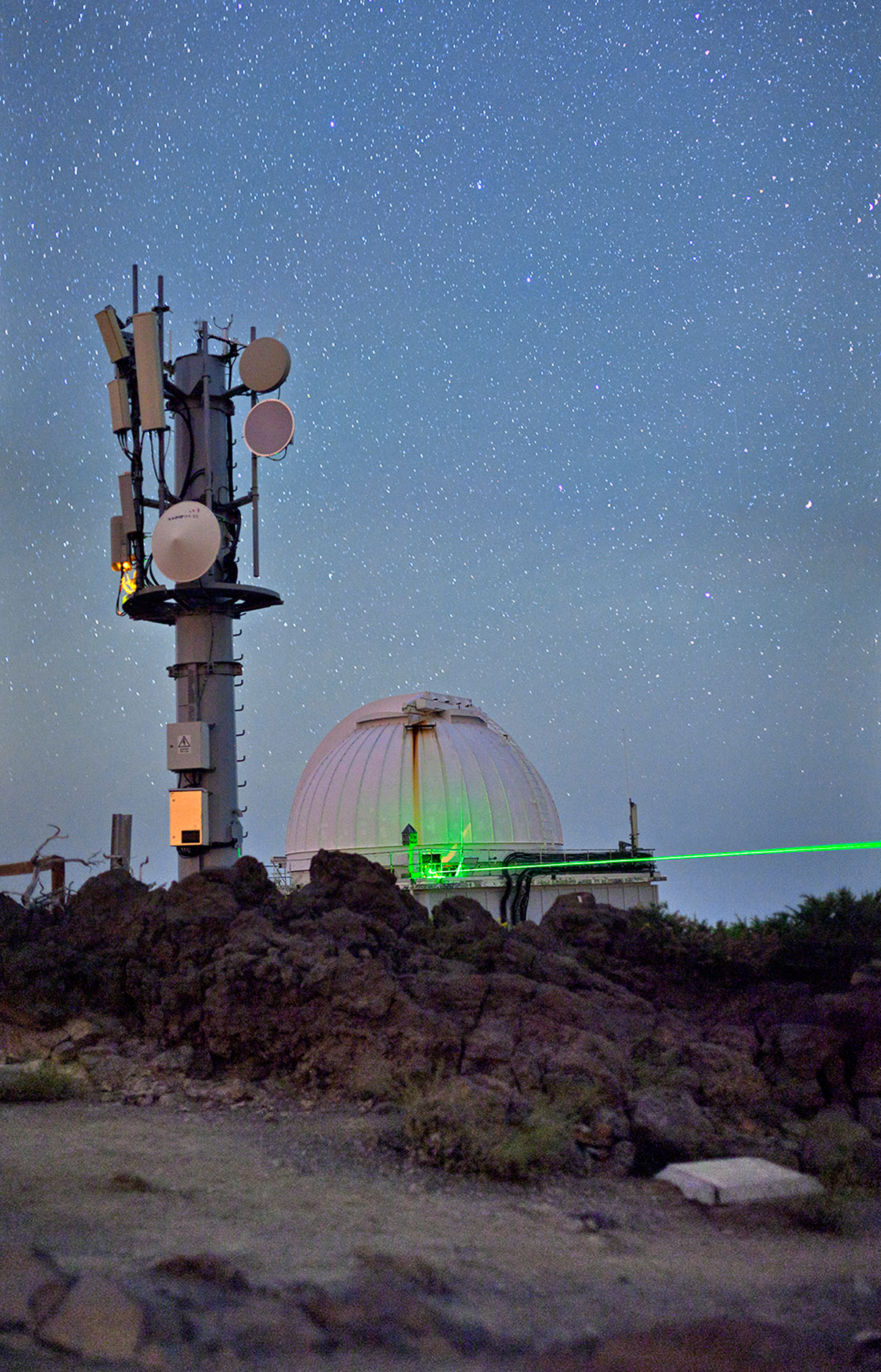 Researchers take two big steps toward quantum computing