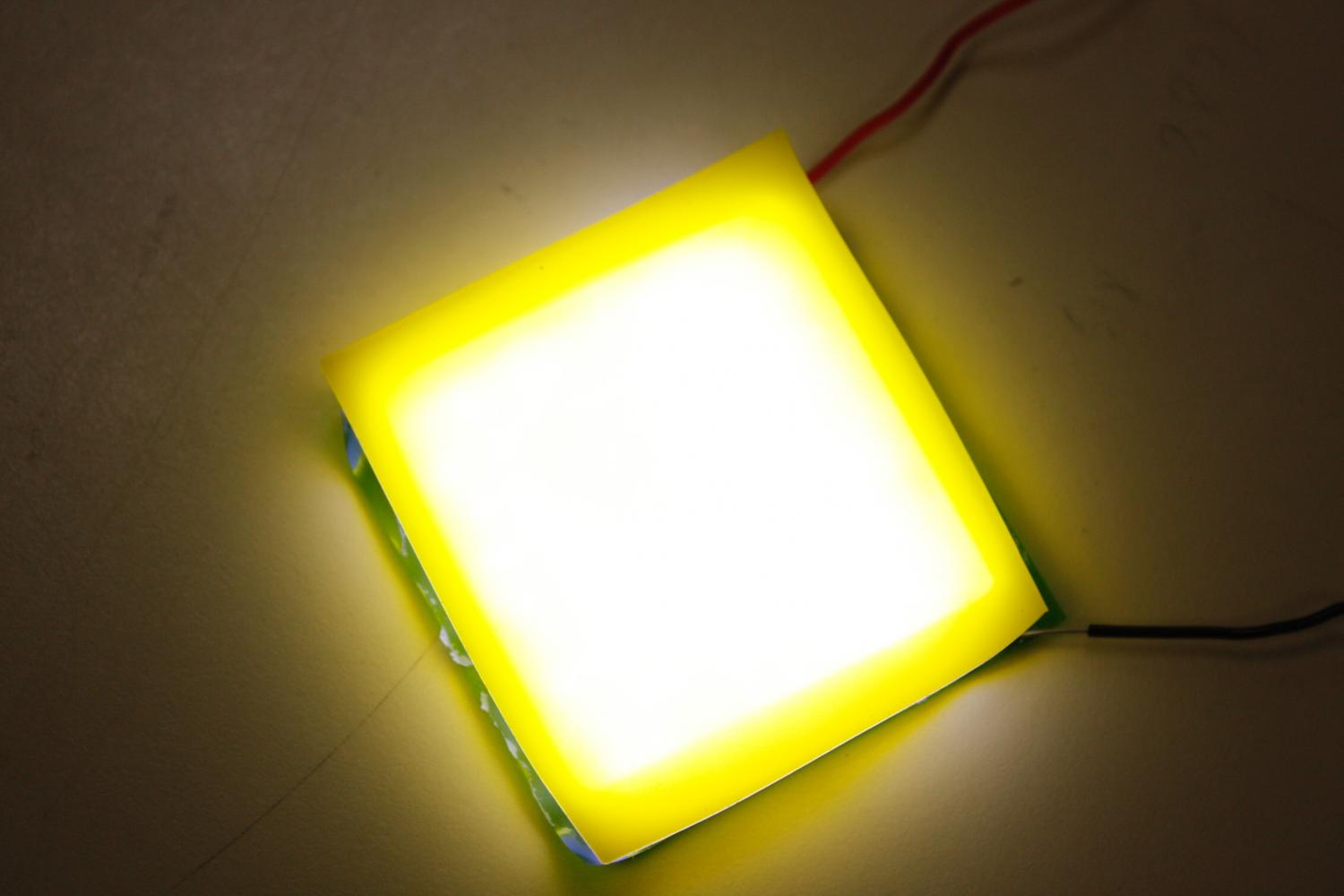 Light emitting designs - A New Design For An Easily Fabricated Flexible And Wearable White Light Led
