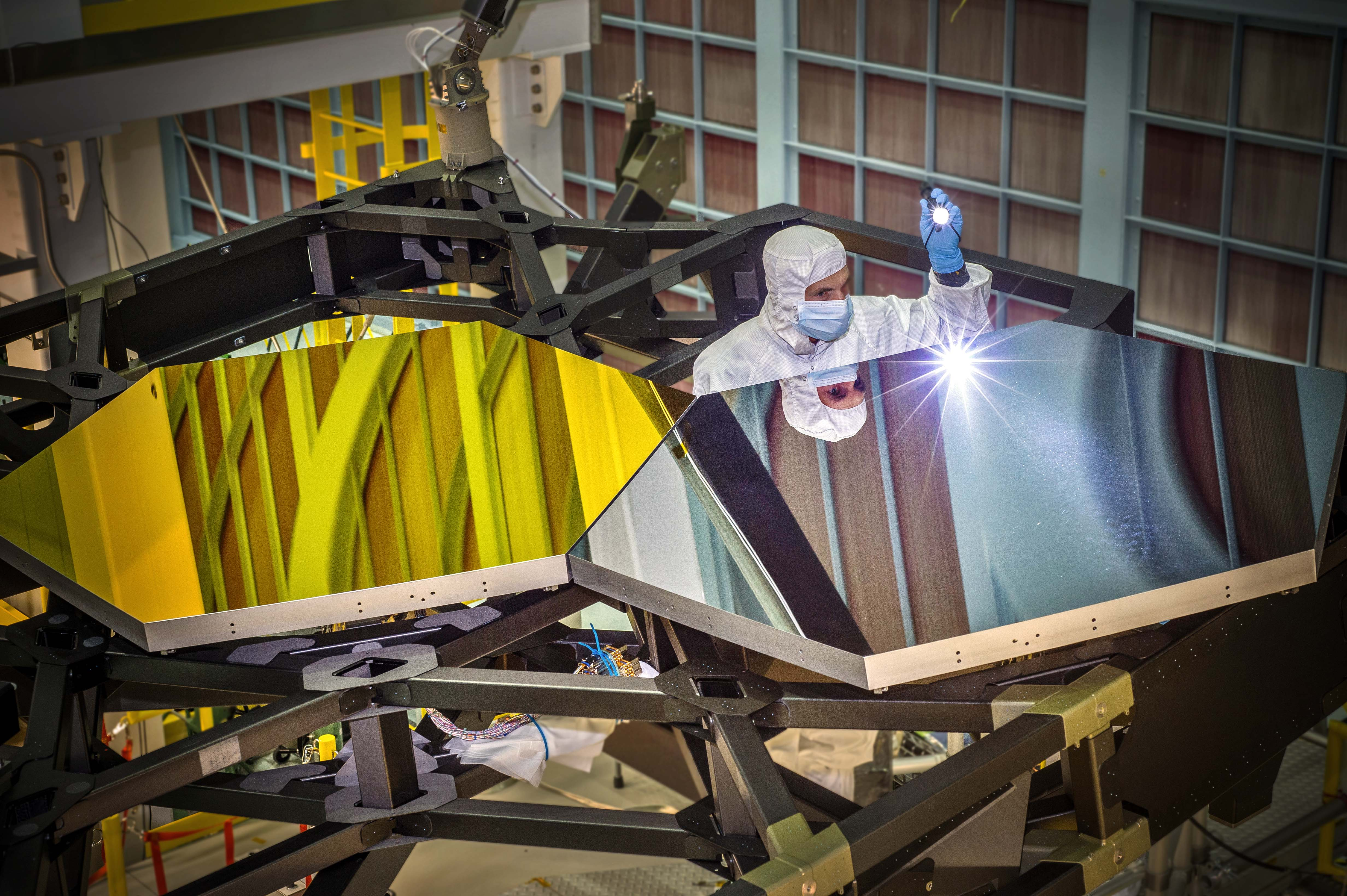 Image Test Mirror Segments For The James Webb Space Telescope
