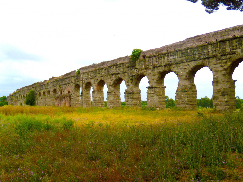 reveals ancient roman aqueduct supply